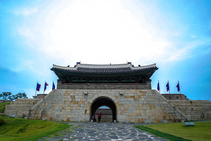 Hwaseong is the provincial capital of Gyeonngi-do and it was designated as a world heritage site too. The suwoncheon, which is the main stream in Suwon, flows through the centre of the fortress. It's a huge castle and can take you about 2-3 hours if you want to explore the entire village.