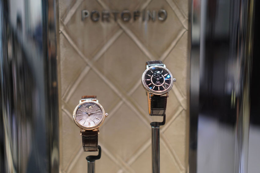 If you've read some of my previous blog posts about my Hong Kong trip, you will see some of the events I've attended for IWC's launch of their latest Portofino midsize collection. They've added some dazzling highlights to its very famous Portofino watch family so it can fit perfectly with the timeless flair of the Italian coastal town. I really love their new campaign and I feel like the pictures really captured the true beauty of the new collection.