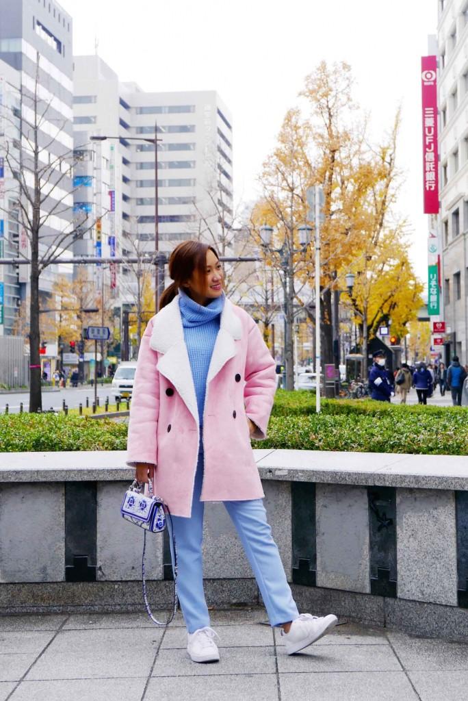 pink coat street style 4