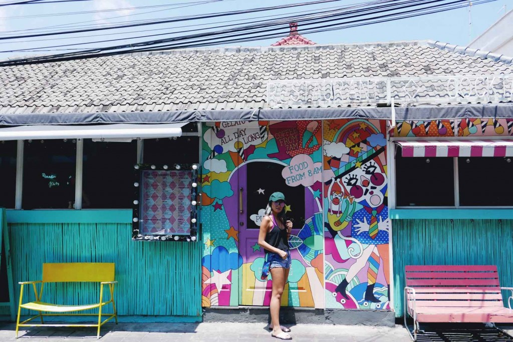 2. Sea Circus in Seminyak. Aside from it being super Instagram-worthy, their food is also excellent! I tried their fish tacos and wanted to order more. My friend also recommended the coconut chia if you're going here.